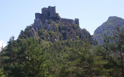 chateau cathare de peyrepertuse